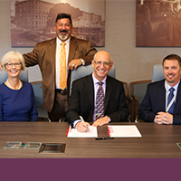 Image of Dartmouth-Hitchcock Health and GraniteOne Health Sign Formal Agreement for Combined New Hampshire-based health care system